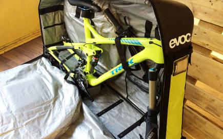 evoc-bike-travel-bag-by-biroma